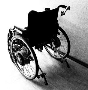 wheelchair-1589481_1920